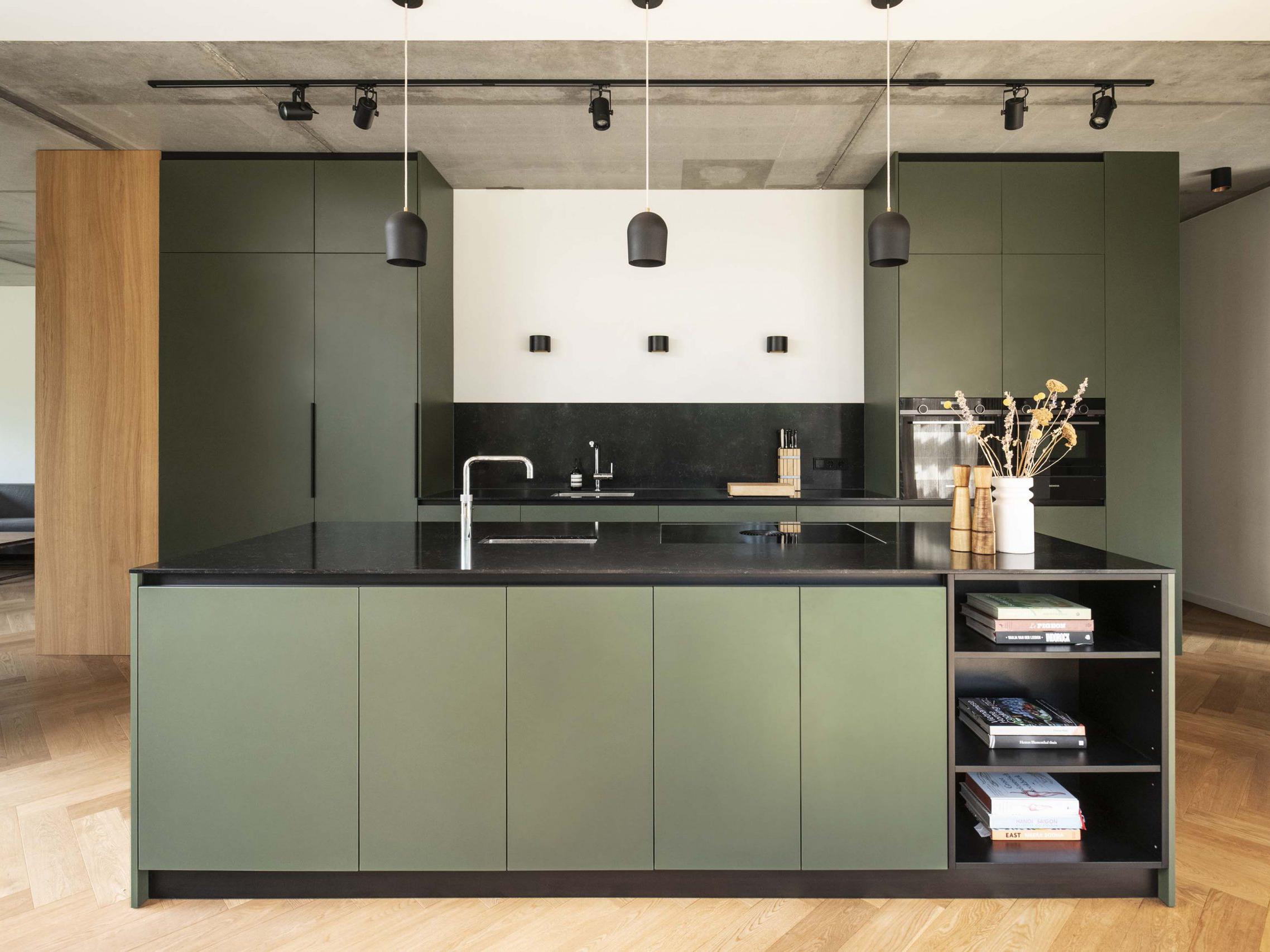 Stumpf & van Dongen - maatwerk keukens - maatwerk kasten - maatwerk meubels - maatwerk rotterdam - maatwerk interieur - meubelmaker